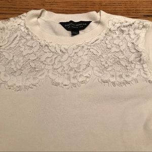Short sleeve sweater with lace neck